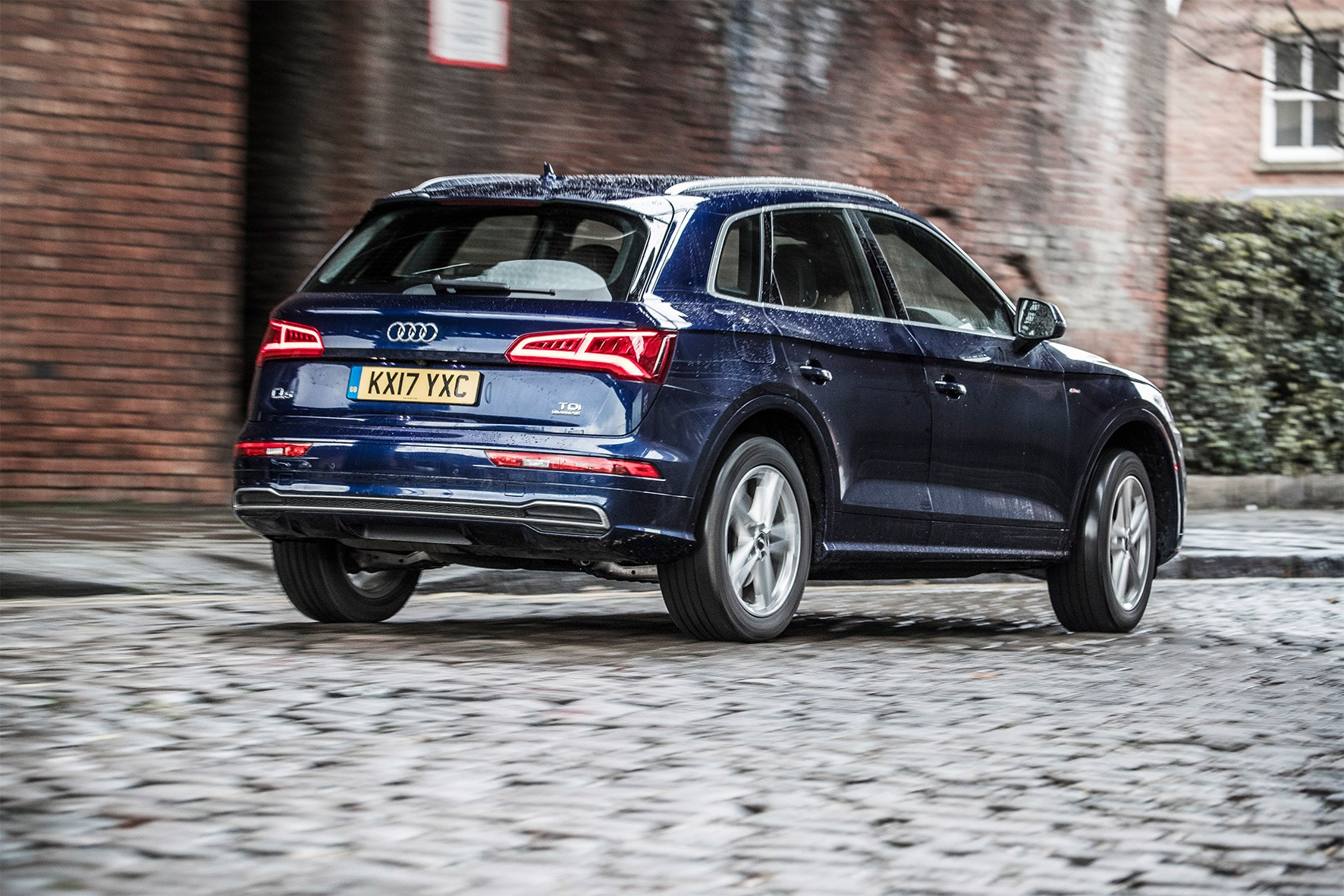 The Audi Q5 Looks So Much Stronger Than Merc Glc And Can Shame Even Nicely Wrought Bmw X3