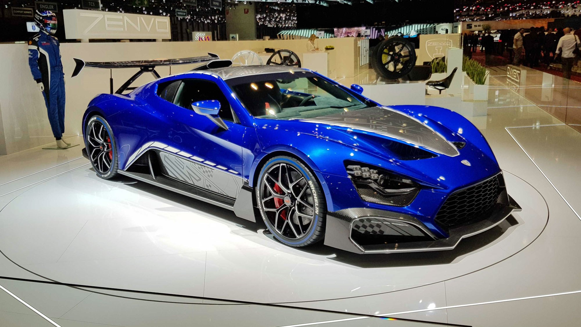 King Of The Wing Zenvo Tsr S Returns Now With Added Climate Control Car Magazine