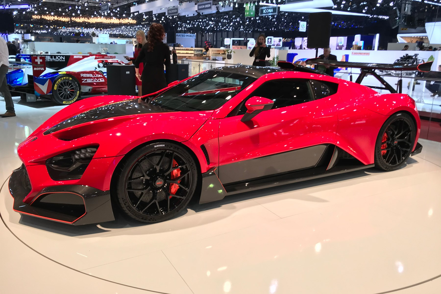Some Wing For The Weekend Zenvo Tsr S Blasts Into Geneva