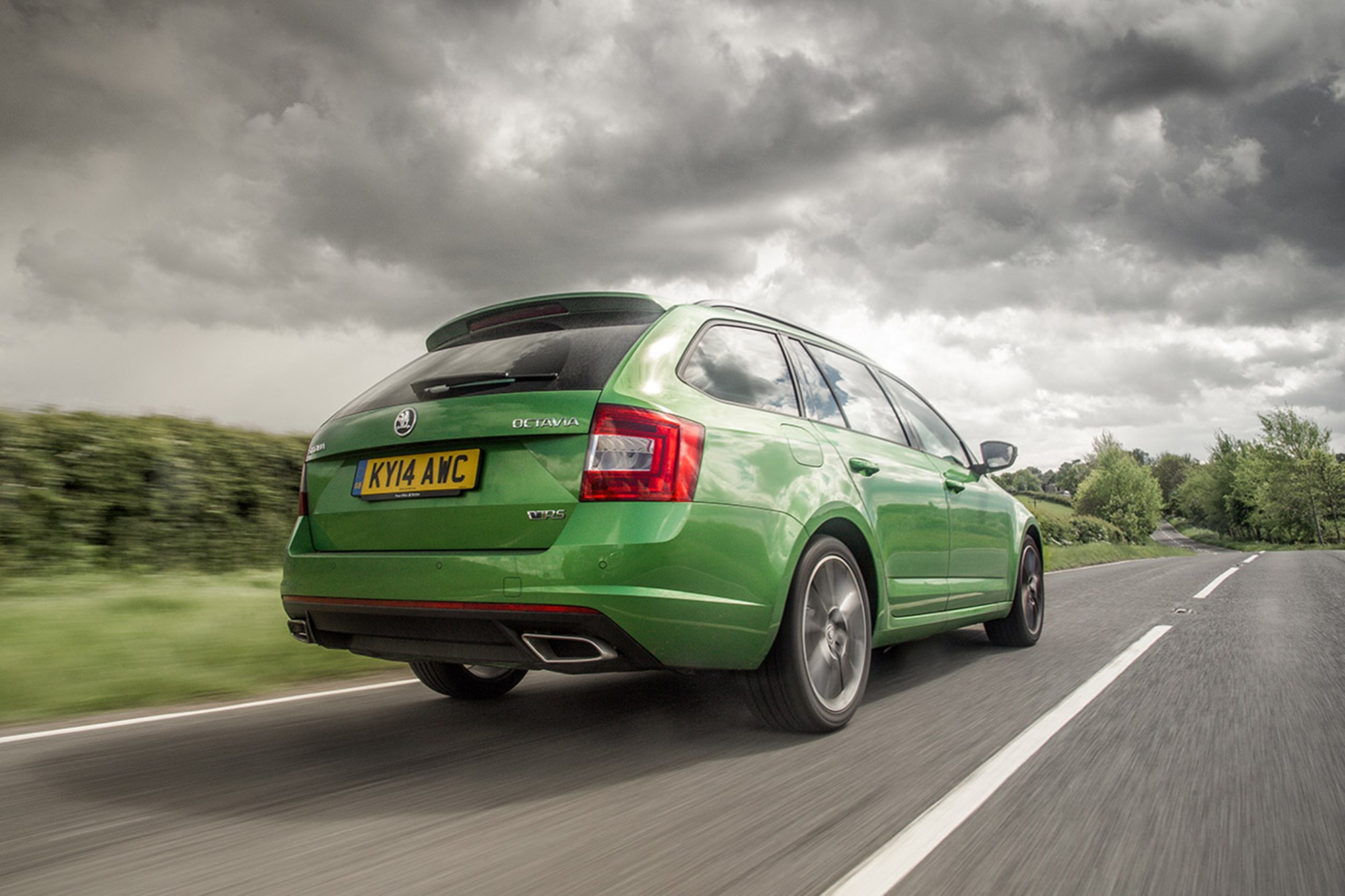 skoda octavia vrs estate diesel 2014 long term test review car magazine. Black Bedroom Furniture Sets. Home Design Ideas