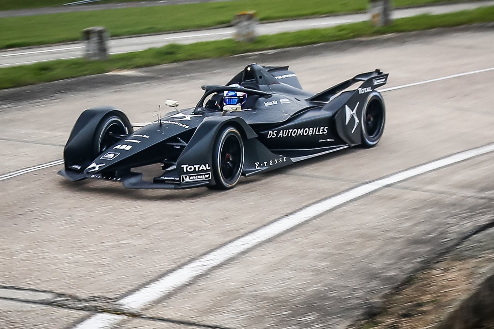 The Ds Performance Team Was First To Release Footage Of Its 2018 19 Car In Action Nissan Formula E