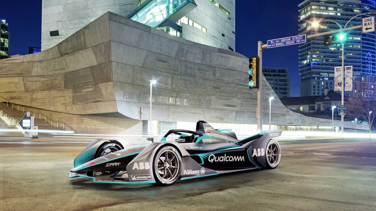 Formula E Gen2 racing vehicle  debuts
