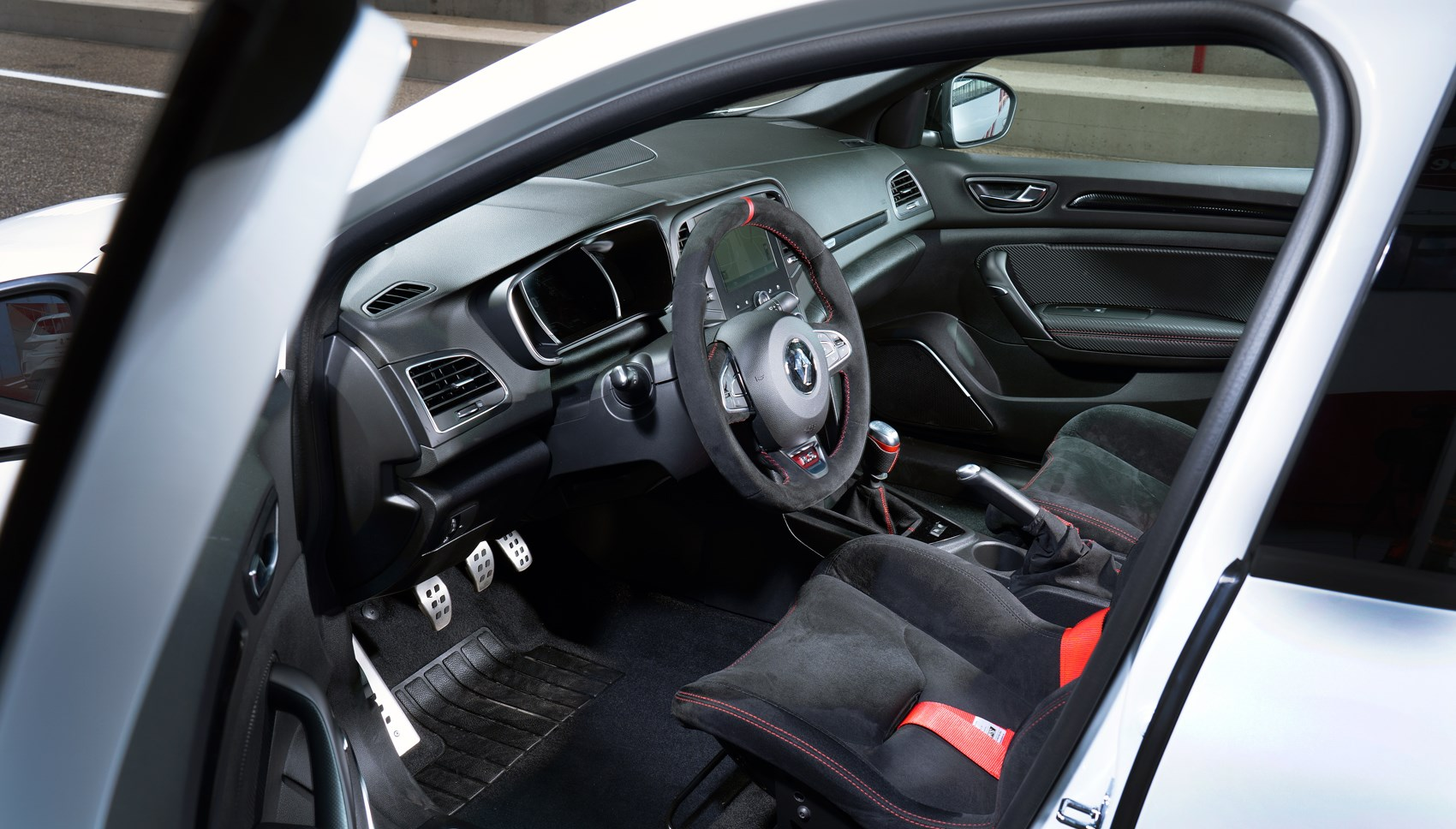 Megane RS Trophy interior