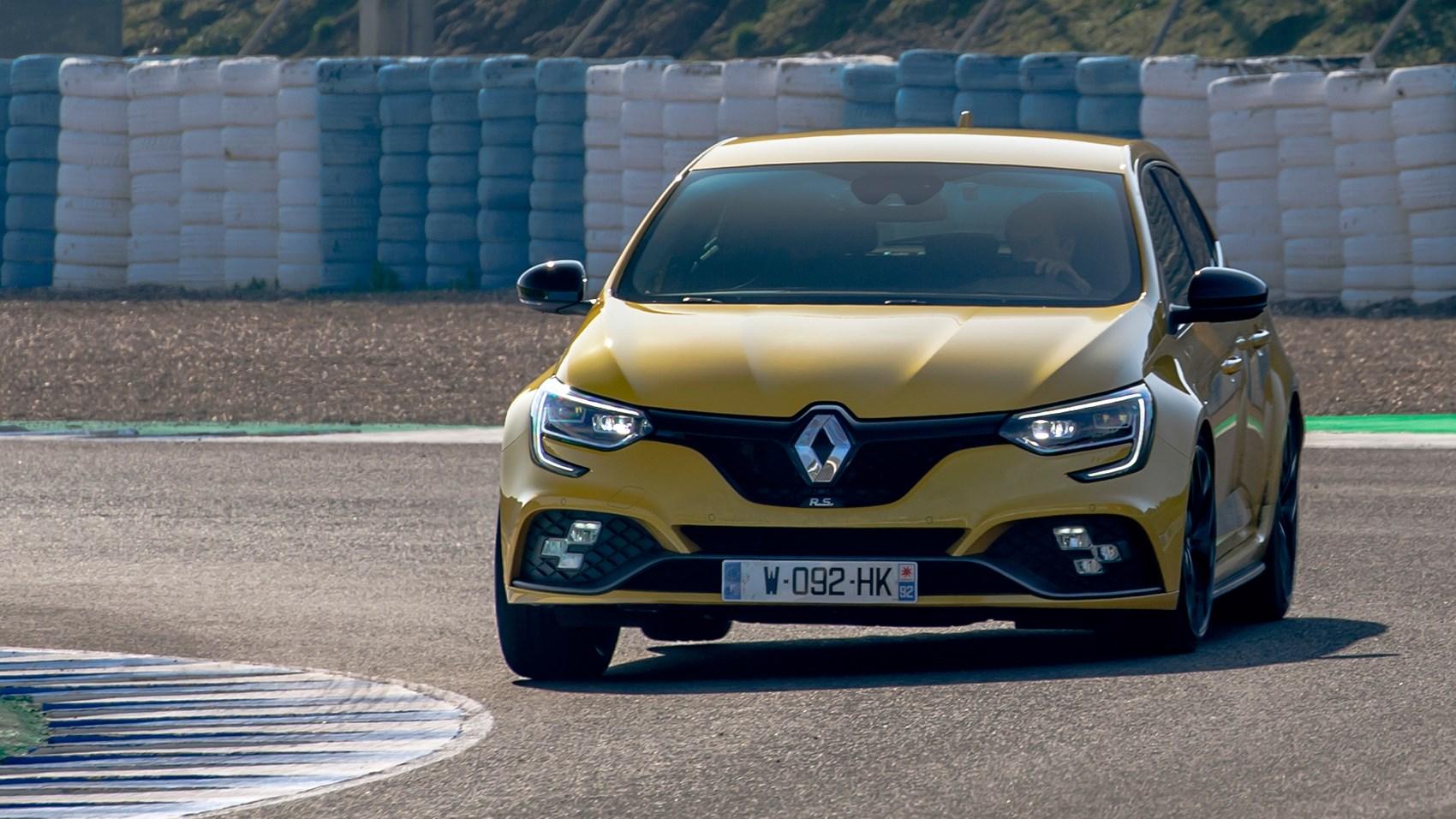Renault Megane RS front cornering