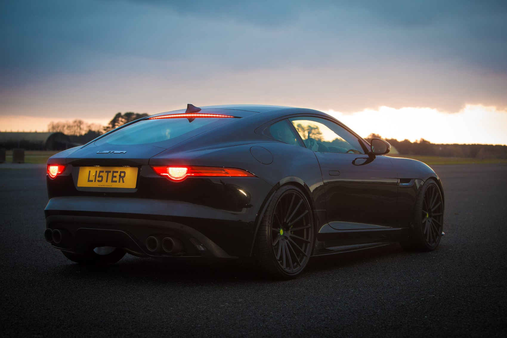 Lister Lft 666 Fire Breathing Modified F Type Has 666bhp