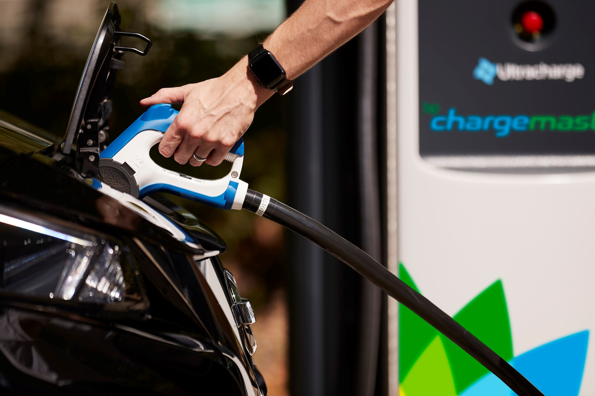 Google Maps Will Now Find Nearby Ev Charging Points Car Magazine Low Power Bike Usb Charger