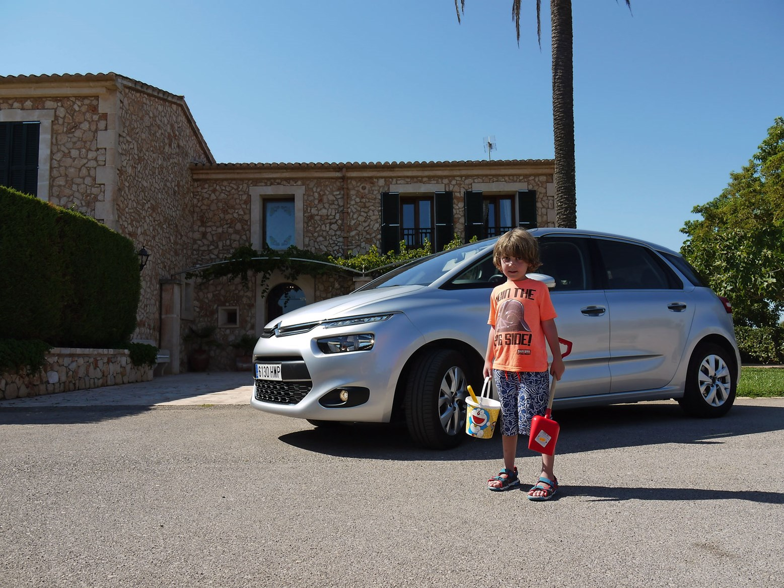 Citroen C4 Grand Picasso 2015 Long Term Test Review Car Magazine Renault Scenic Fuse Box Problems We Scientifically Tested An Auto Version Of The Okay Drove A Rental On Holiday