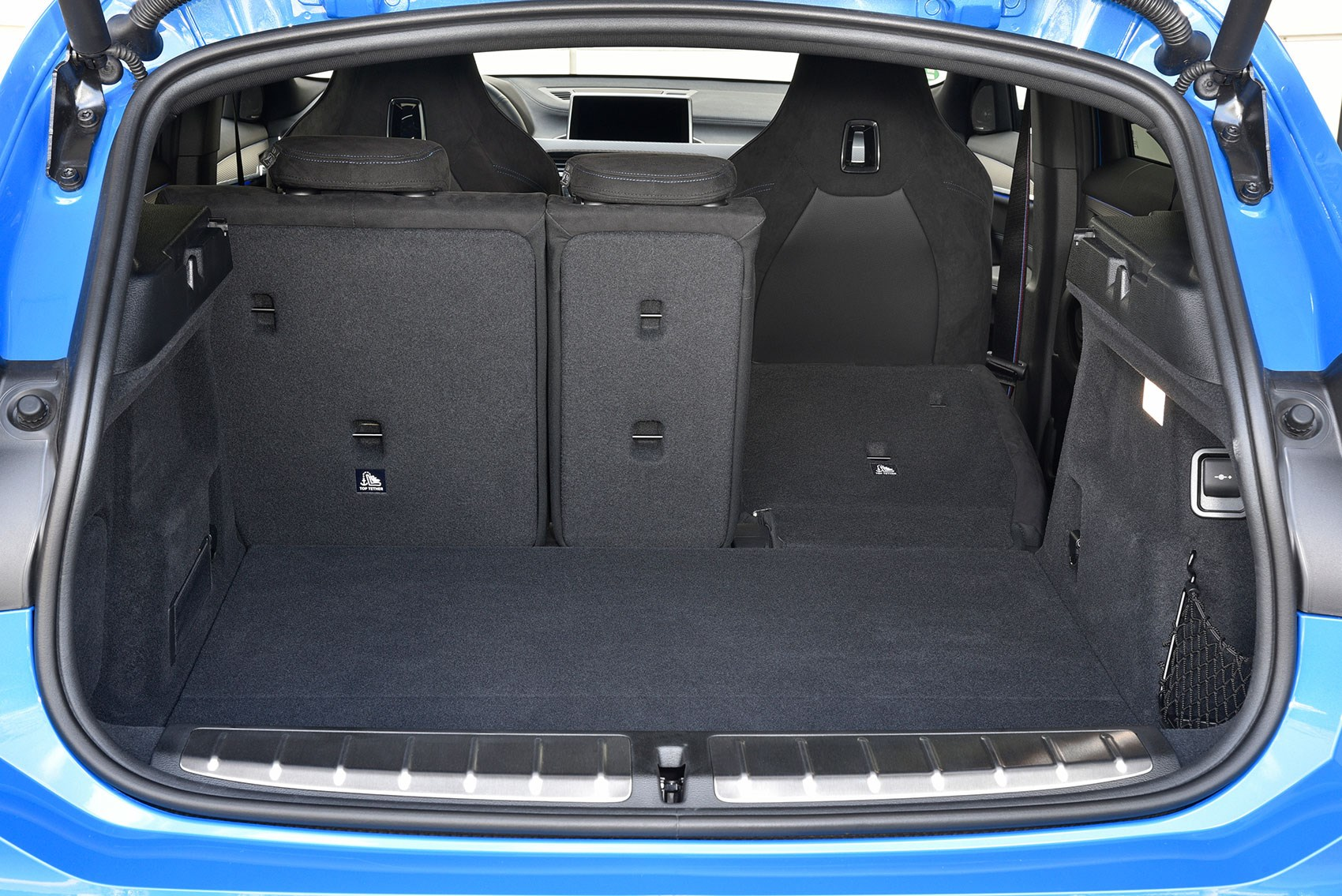 BMW X2 boot space