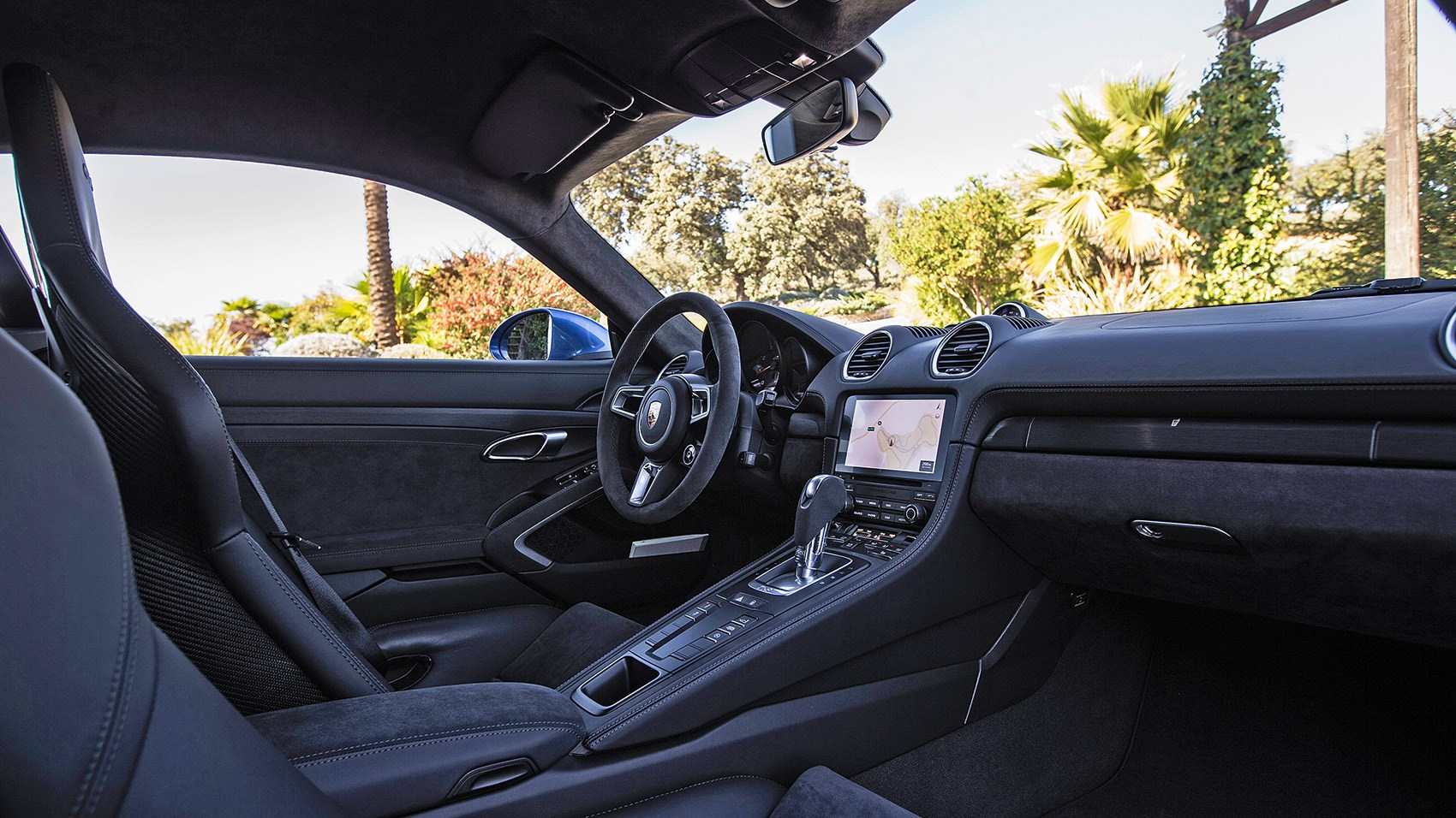 Porsche 718 Cayman GTS: the interior and cabin