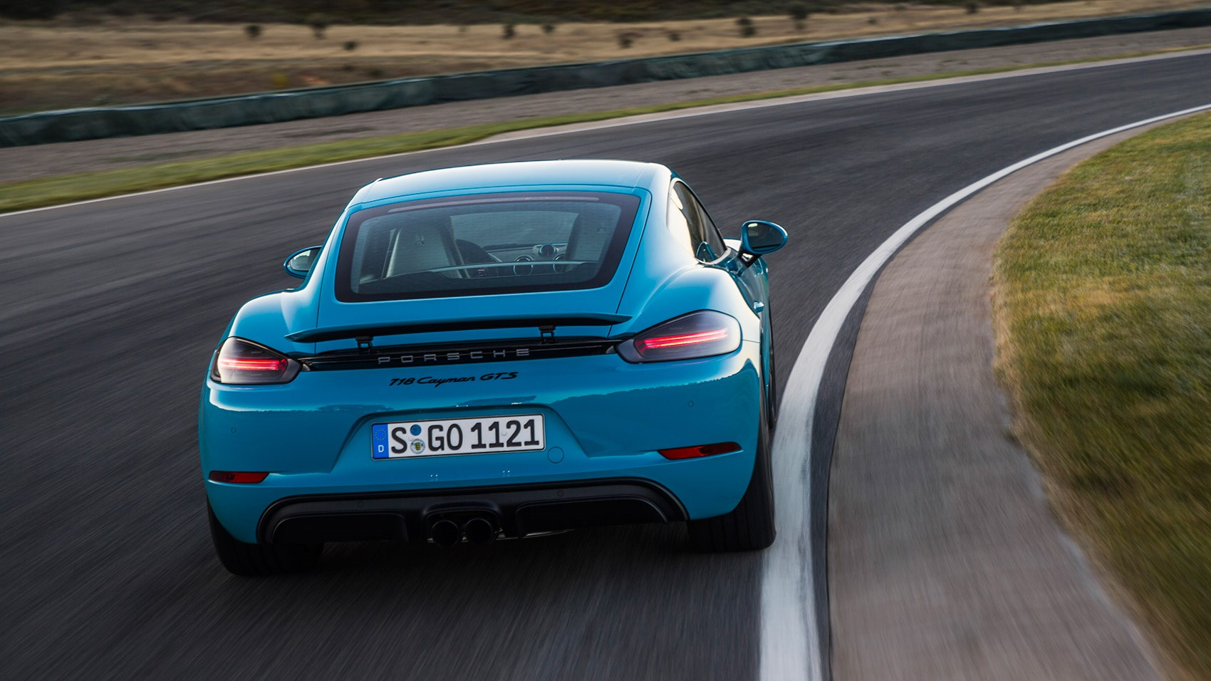 porsche 718 cayman gts 2018 review specs prices and info car magazine. Black Bedroom Furniture Sets. Home Design Ideas