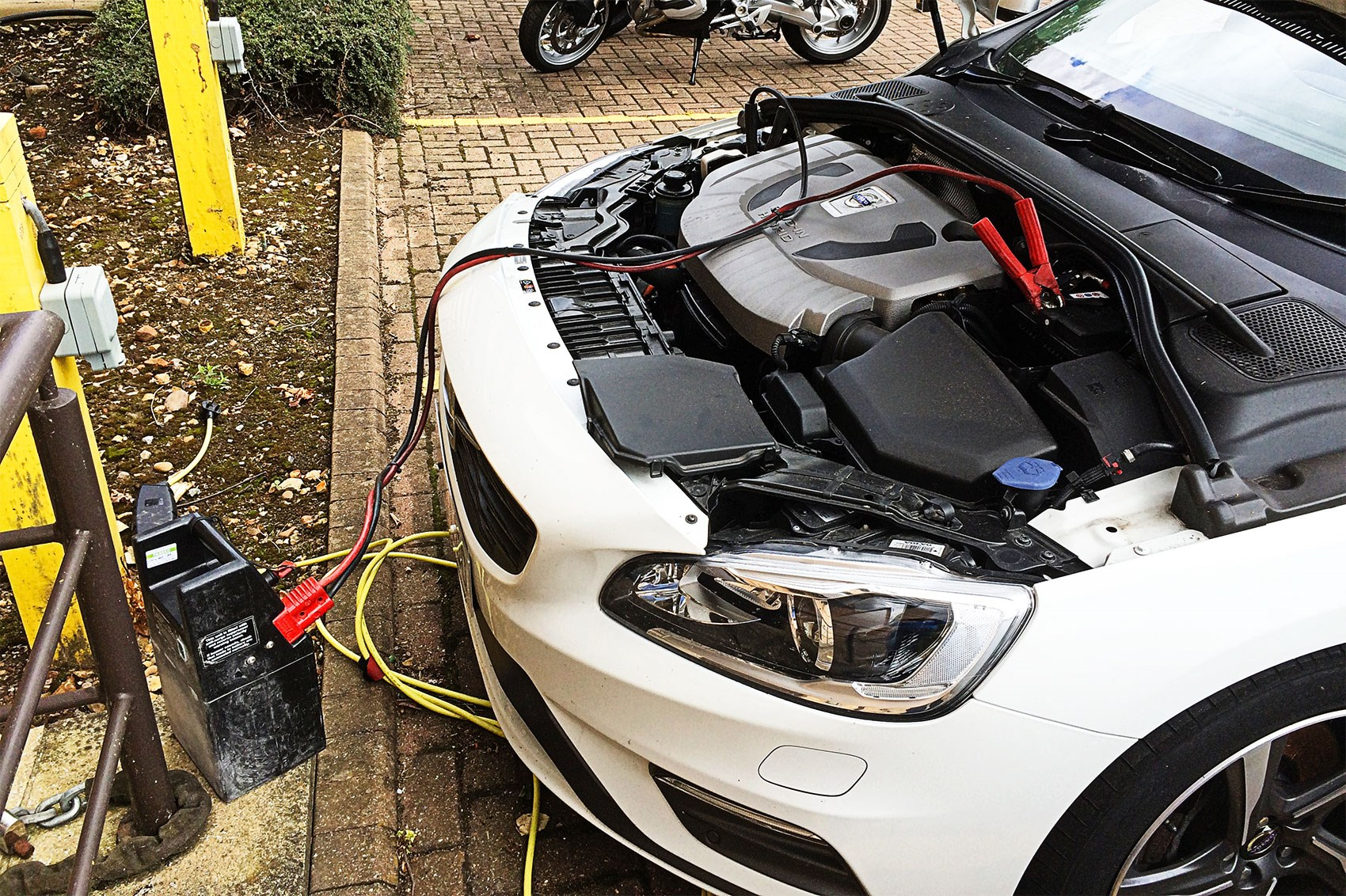 Volvo V60 Plug-in Hybrid (2015) long-term test review by ...