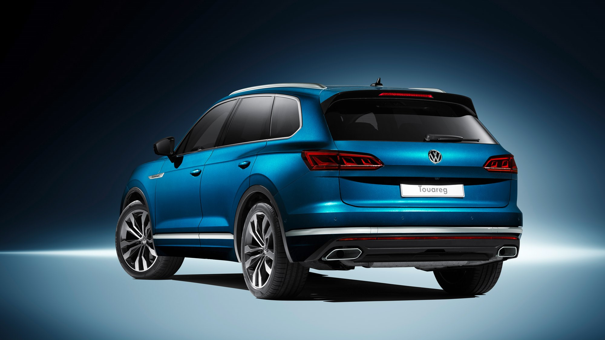 new vw touareg techy flagship suv revealed in beijing by car magazine. Black Bedroom Furniture Sets. Home Design Ideas