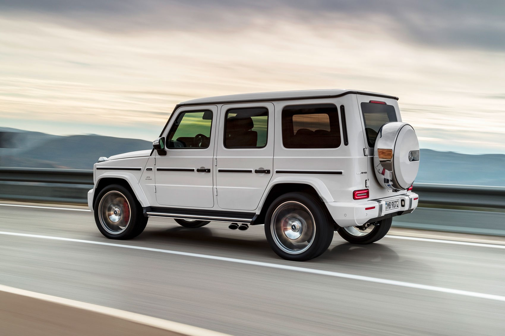 new mercedes amg g63 behemoth 4x4 gets a 577bhp affalterbach makeover by car magazine. Black Bedroom Furniture Sets. Home Design Ideas