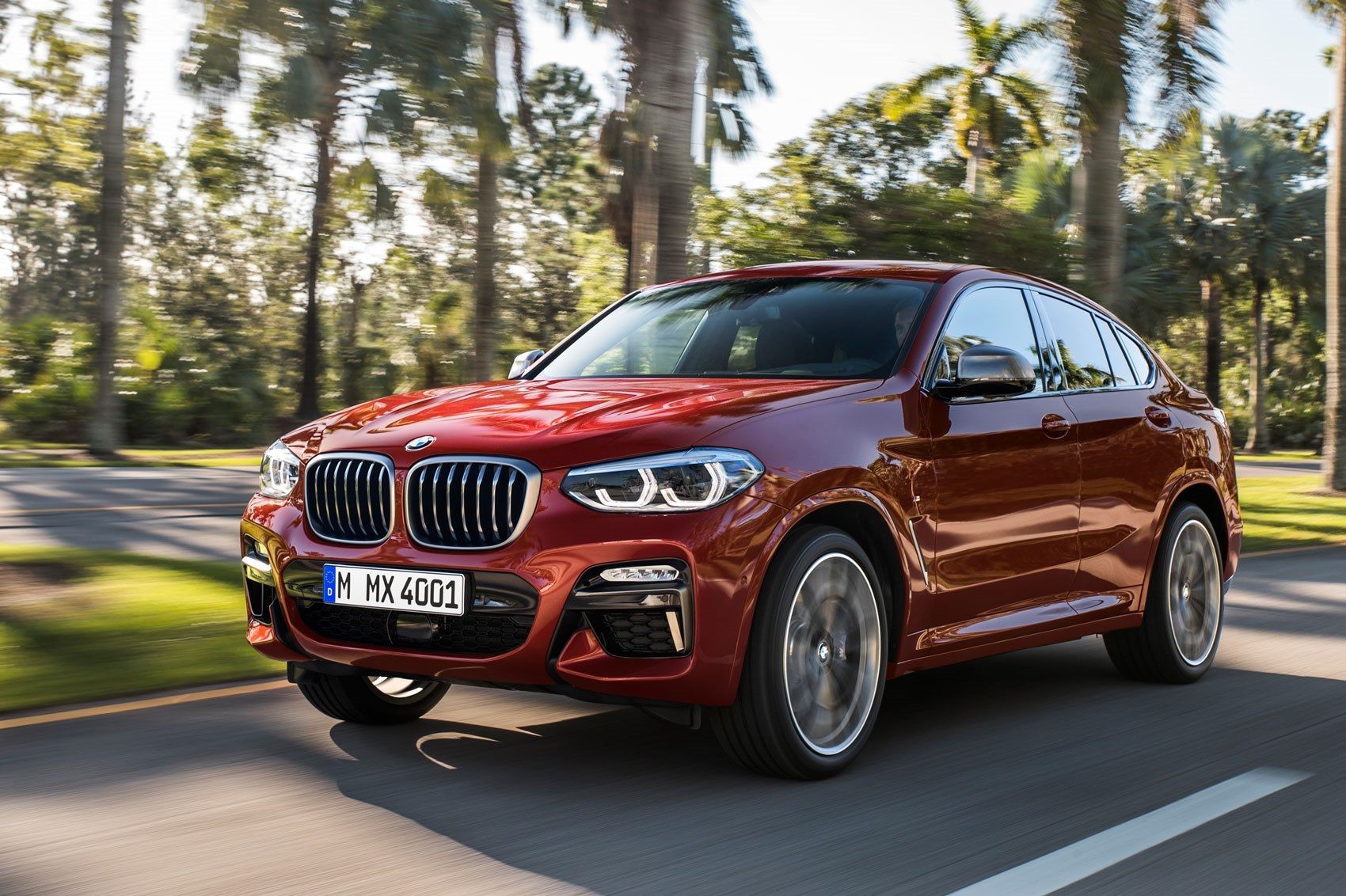 generation x hot bmw x4 m40i coming to new york show car magazine. Black Bedroom Furniture Sets. Home Design Ideas
