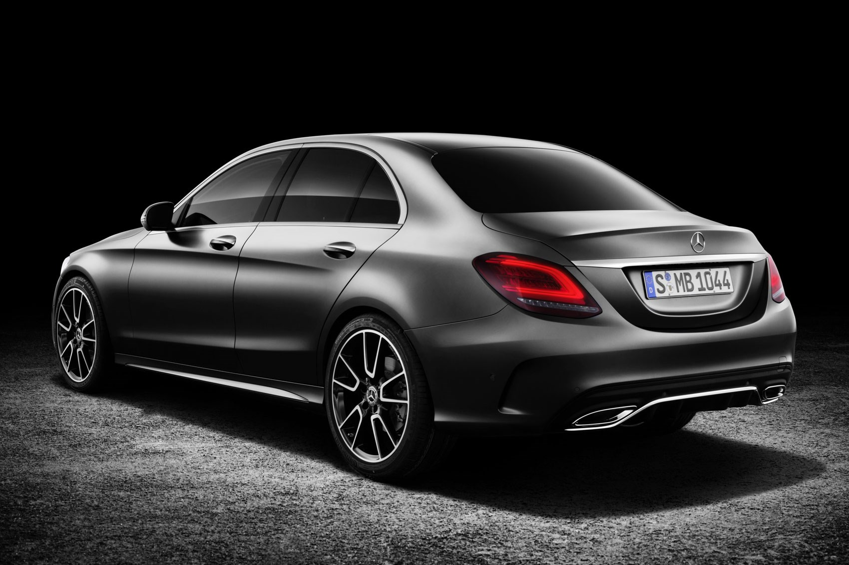 New mercedes c class 2018 facelifted amg c43 coupe and for Mercedes benz 300 amg