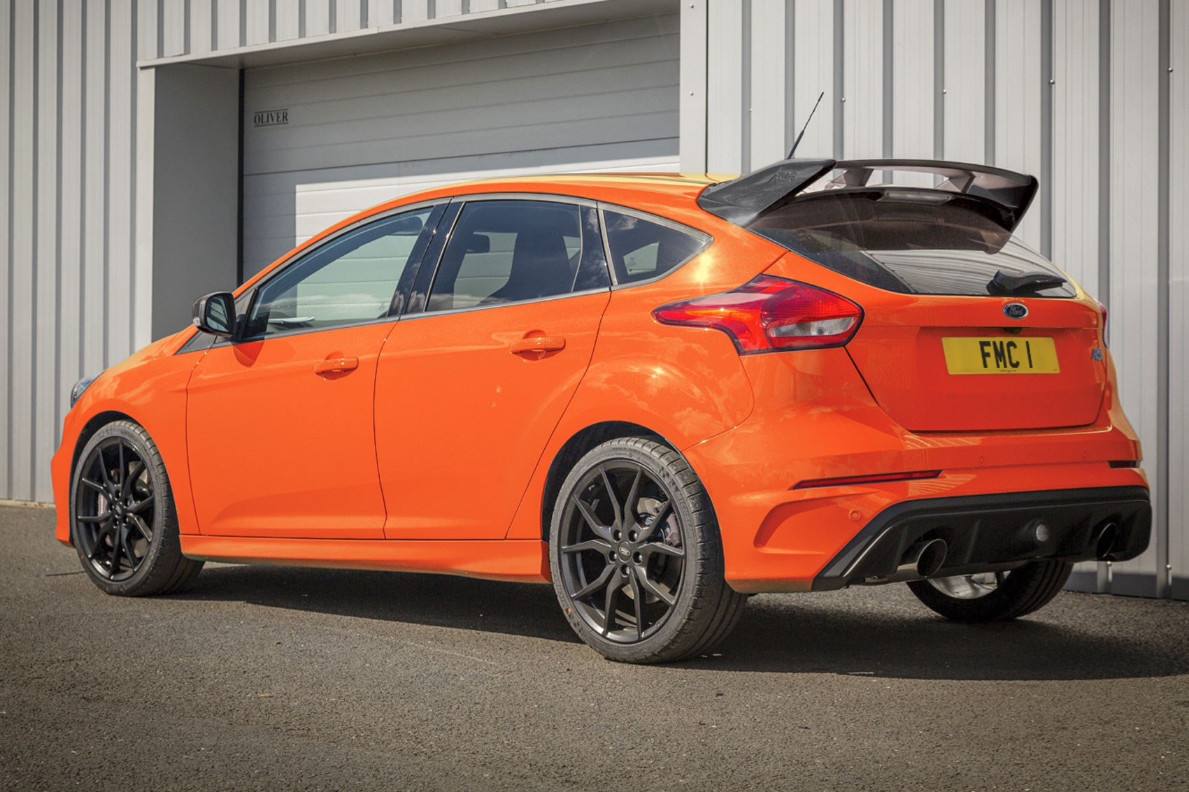 ford focus rs heritage edition is hot hatch 39 s final farewell car magazine. Black Bedroom Furniture Sets. Home Design Ideas