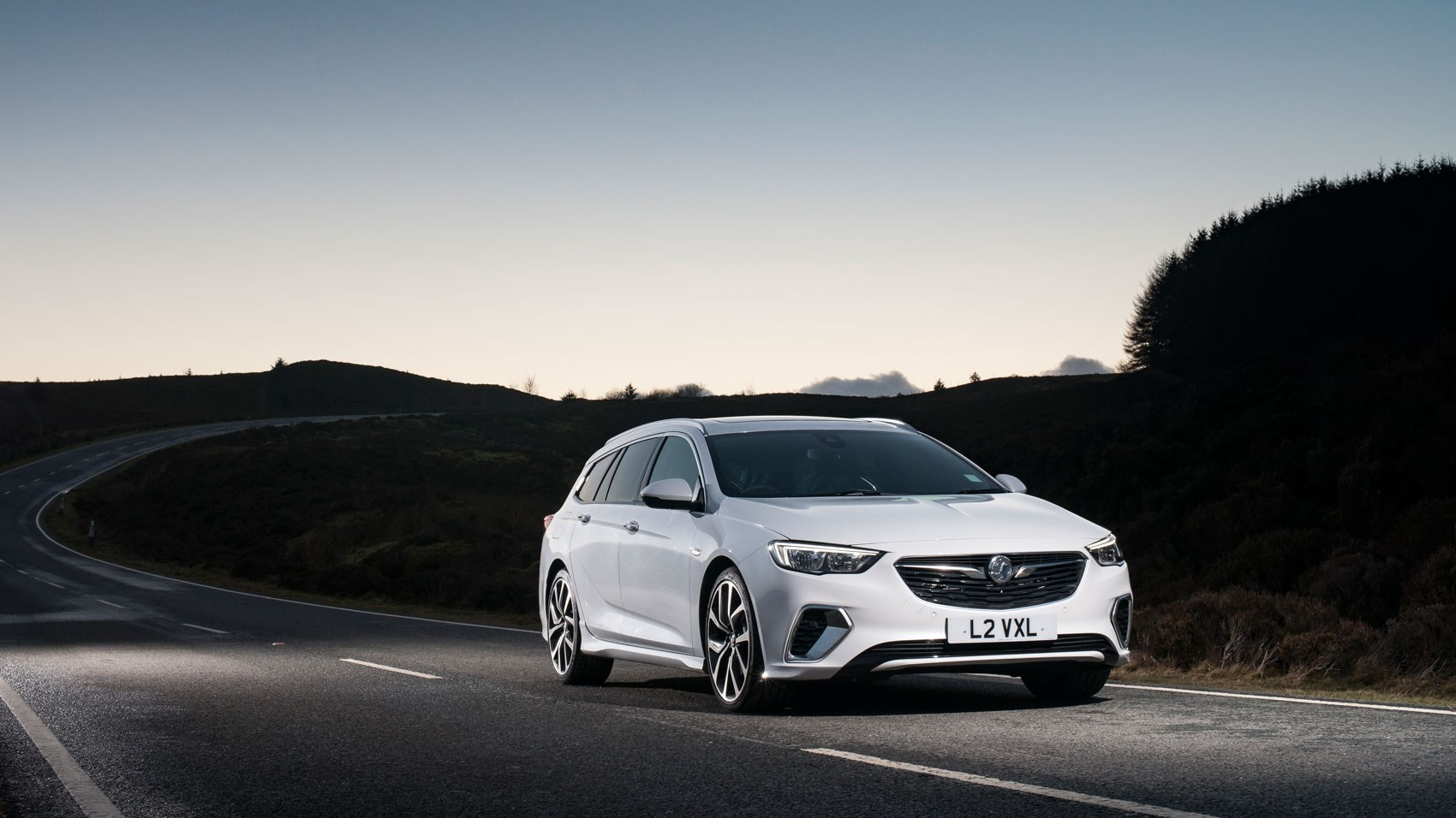 Vauxhall Insignia Grand Sport 2017 Review Car Magazine Opel Sports Tourer 2018 Gsi Estate Static