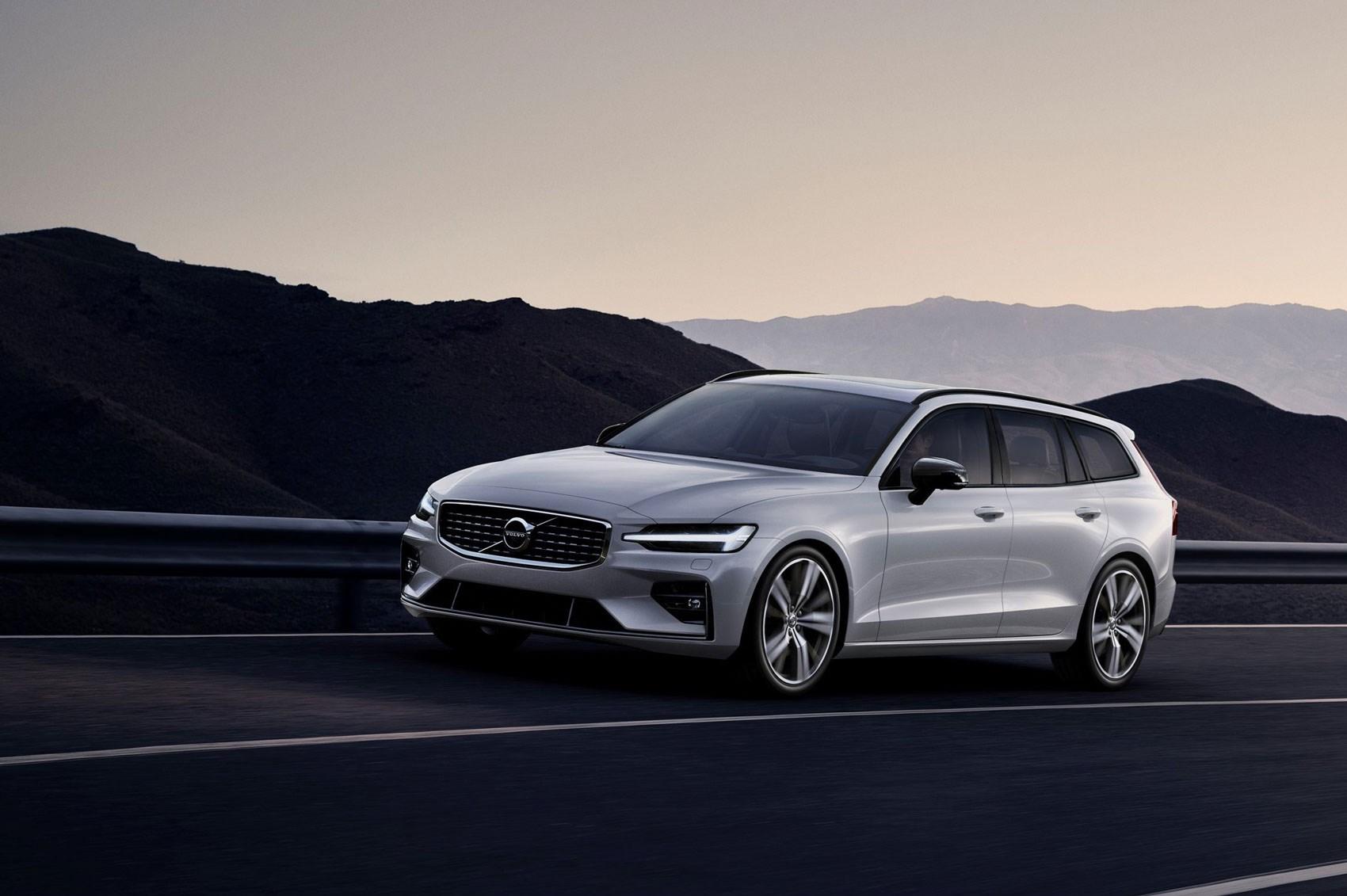 volvo v60 estate (2018): interior, uk price and release date   car