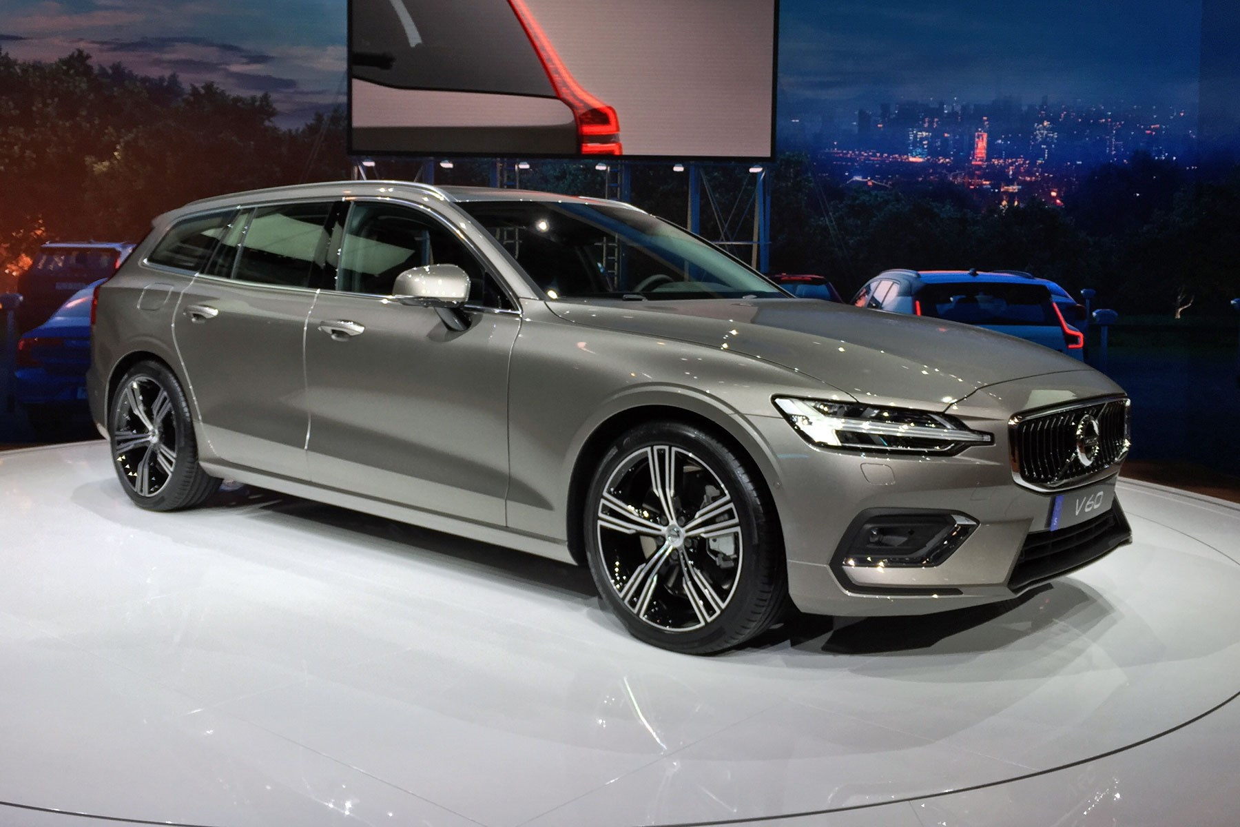 We Like Boots And Cannot Lie New Volvo V60 Estate Looking Proper Tasty At The 2018 Geneva Motor Show