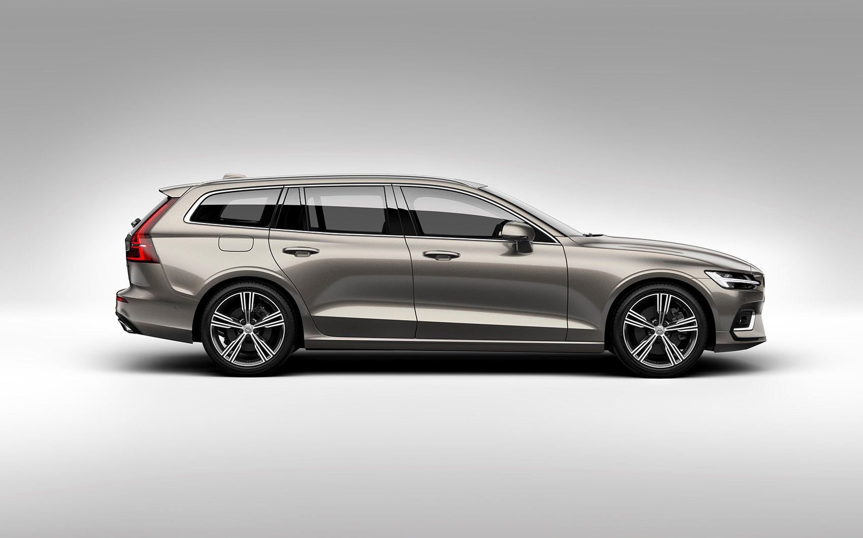 volvo v60 estate 2018 interior uk price and release date by car magazine. Black Bedroom Furniture Sets. Home Design Ideas