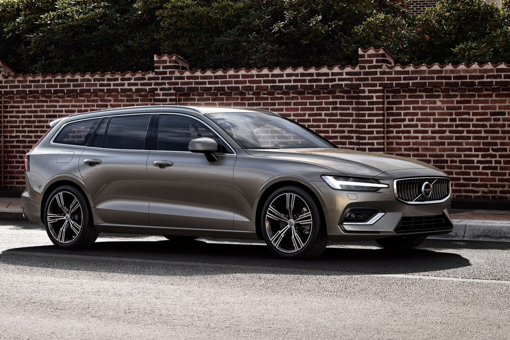 volvo v60 estate 2018 interior uk price and release date car magazine. Black Bedroom Furniture Sets. Home Design Ideas