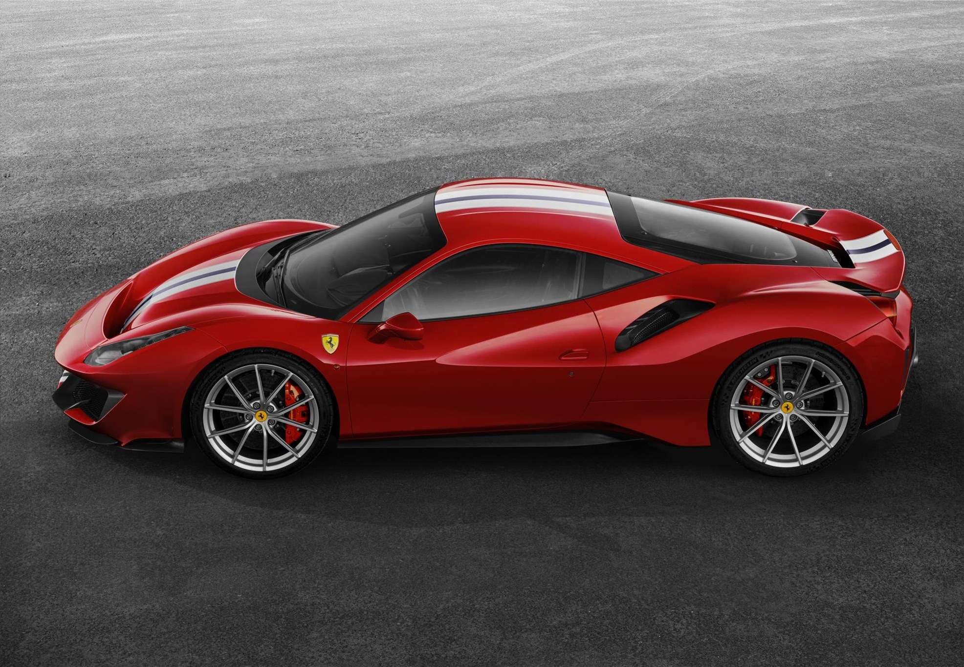 New Ferrari 488 Pista 2018: news, specs, prices by CAR ...