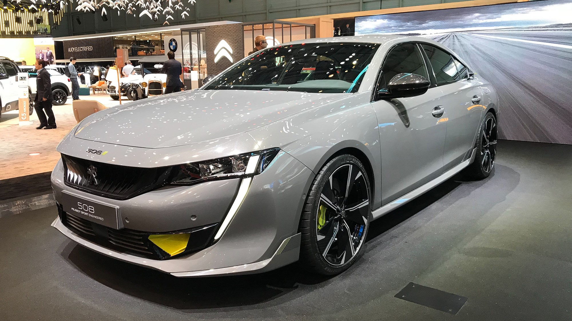 Peugeot 508 Sport Engineered Concept: first of fast PHEVs ...