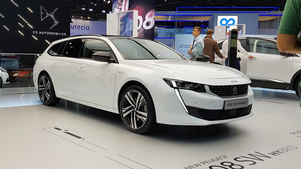 ad3694d9cb Peugeot 508 Sport Engineered Concept  first of fast PHEVs