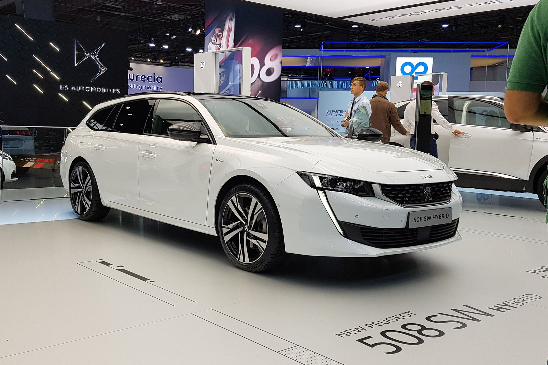Peugeot 508 Sport Engineered Concept: First Of Fast PHEVs