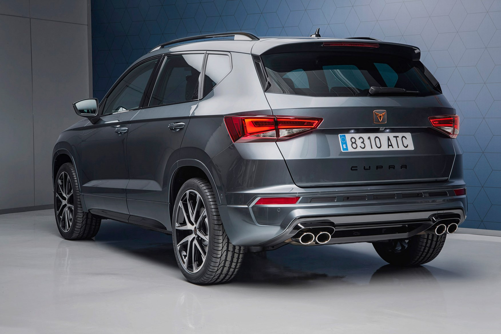 Low Profile Car Seat >> Cupra Ateca SUV: news, photos, prices, specs, on sale date ...