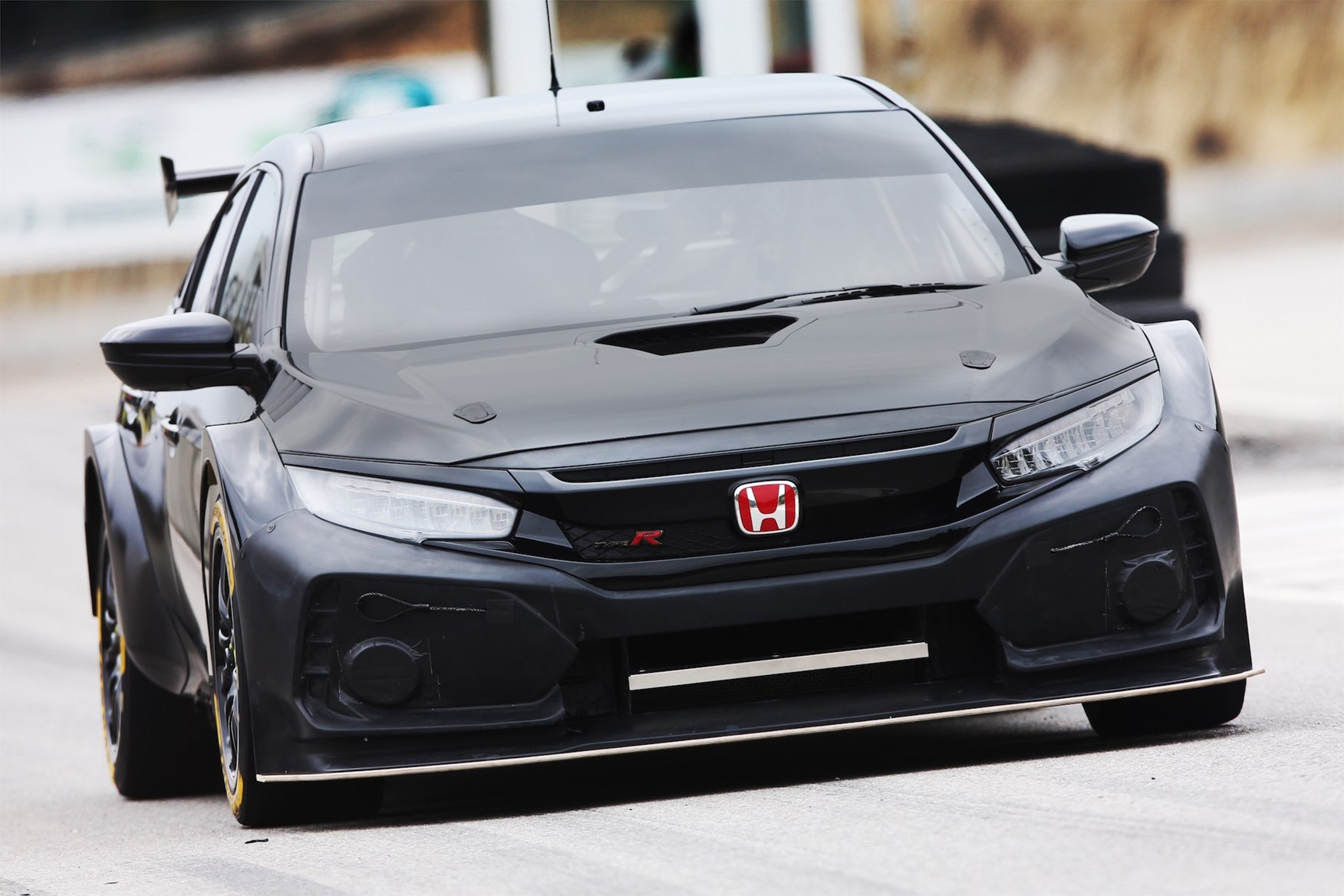 Good The New BTCC Spec 2018 Honda Civic Type R Looks Incredible ...