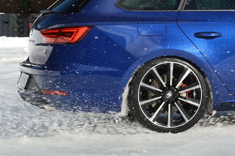 Seat Leon Cupra ST rooster tail