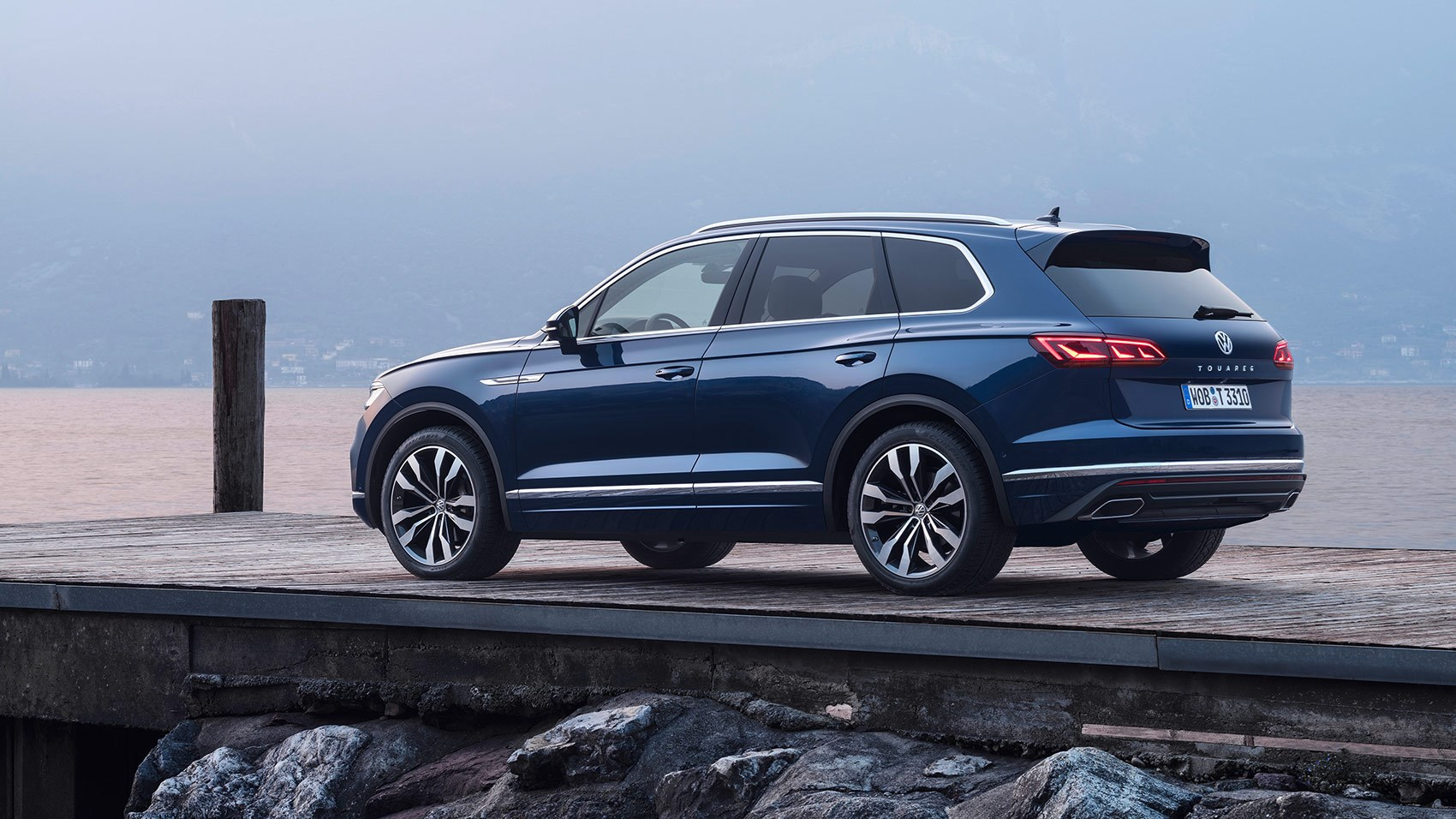 Vw Lease Deals >> VW Touareg review (2018): specs prices on sale date | CAR ...