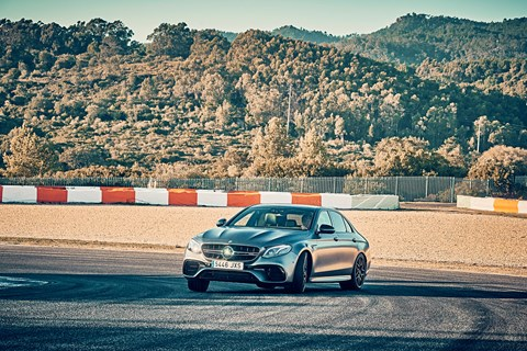 Mercedes-AMG E63 oversteer on track