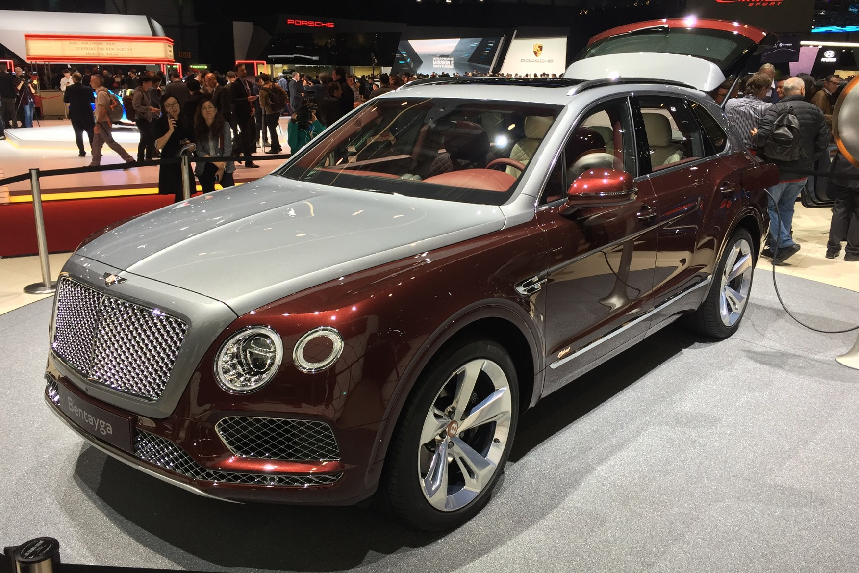 Bentley Bentayga Hybrid Specs Prices News Car Magazine