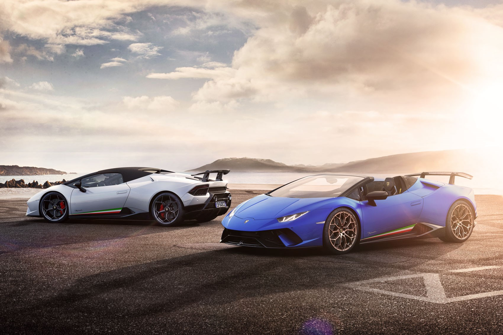 Lamborghini Huracan Performante Spyder showcased at Geneva