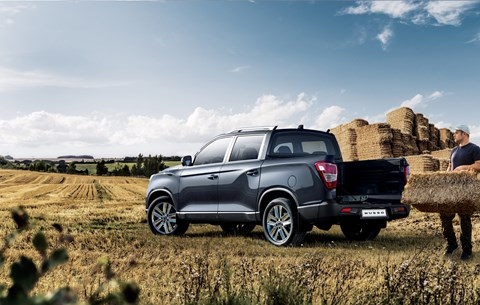 SsangYong Musso: I'm a lumber jack, and I'm ok
