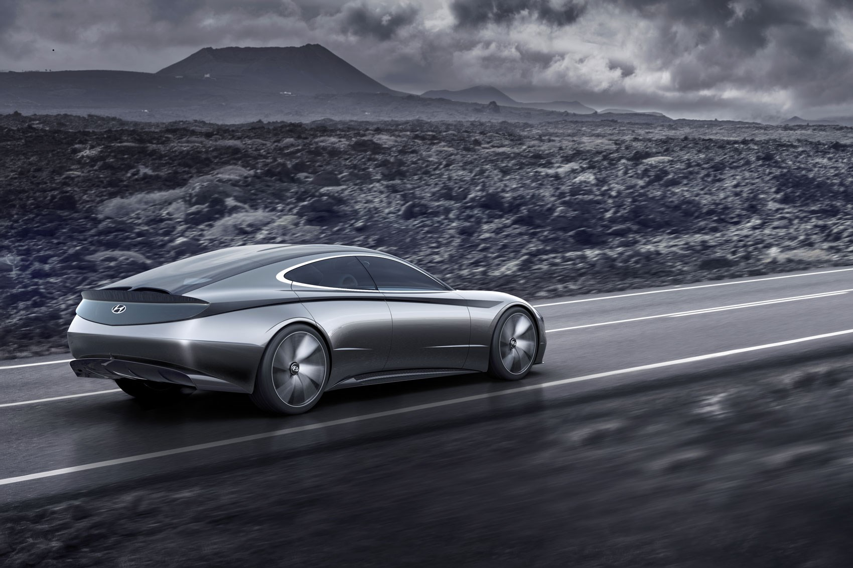 Hyundai Previews Le Fil Rouge Concept Car