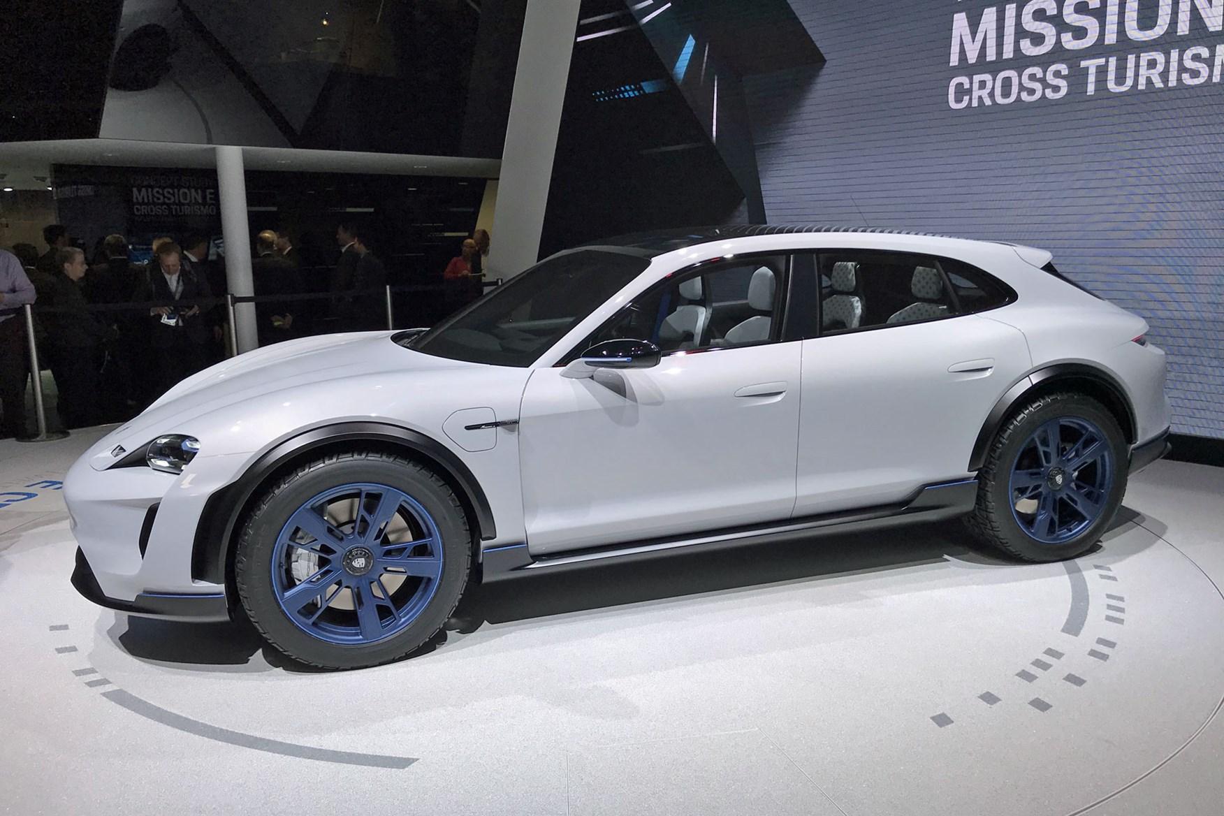 Porsche Taycan Cross Turismo: video shows five-door Taycan hitting the road    CAR Magazine