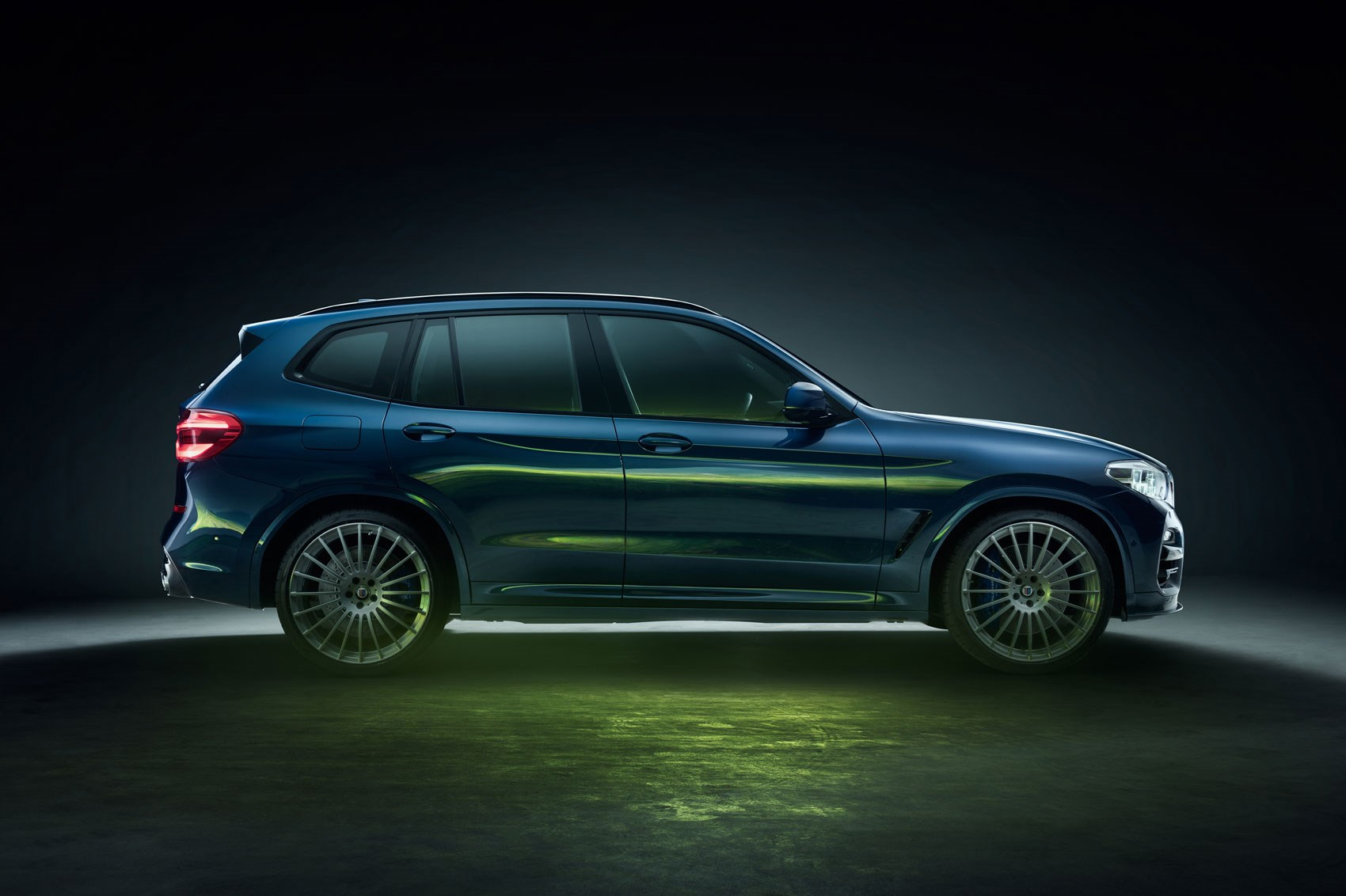 Alpina Revs Up Bmw Suvs With New Xd3 And Xd4 Car Magazine
