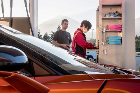 720S fuel
