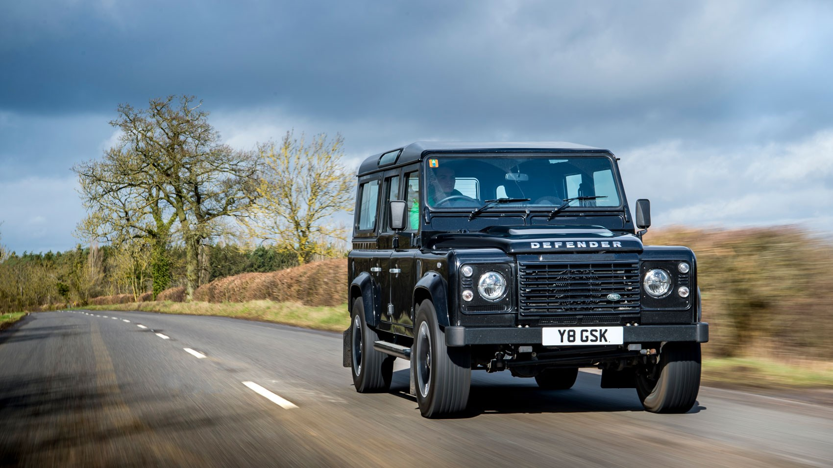 https://www.carmagazine.co.uk/Images/PageFiles/81261/Defender_WorksV8_05.jpg