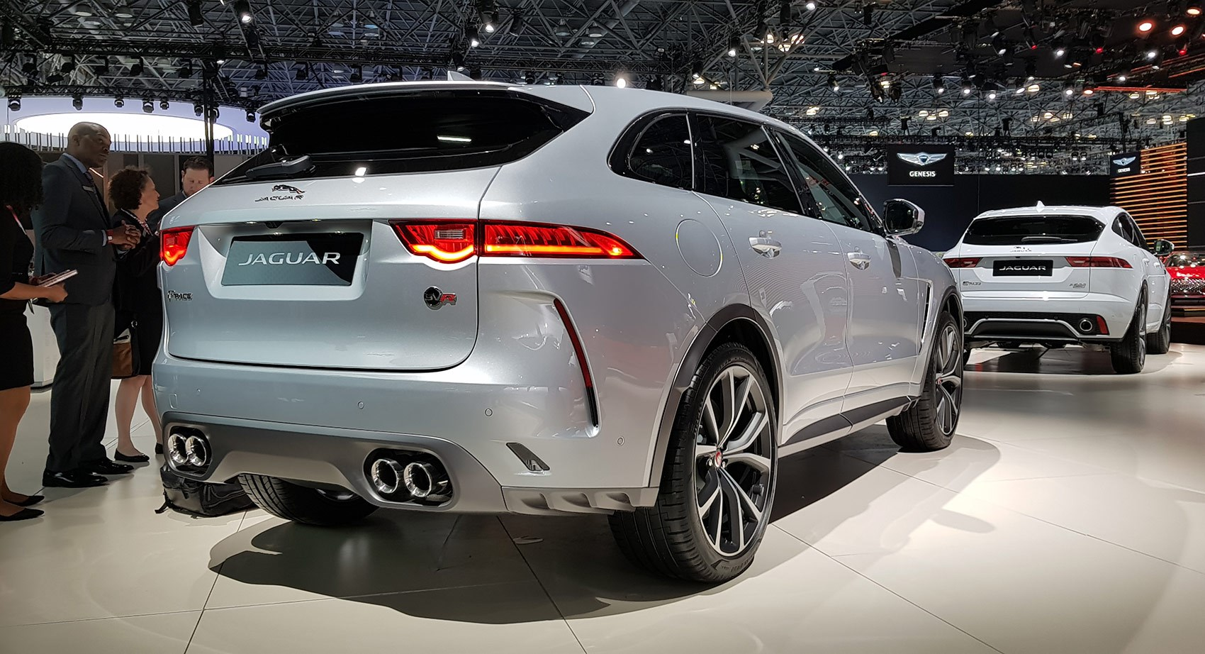 Jaguar Suv F Pace >> Suv Goes Svr New Jaguar F Pace Svr Is Here For 2018 Car