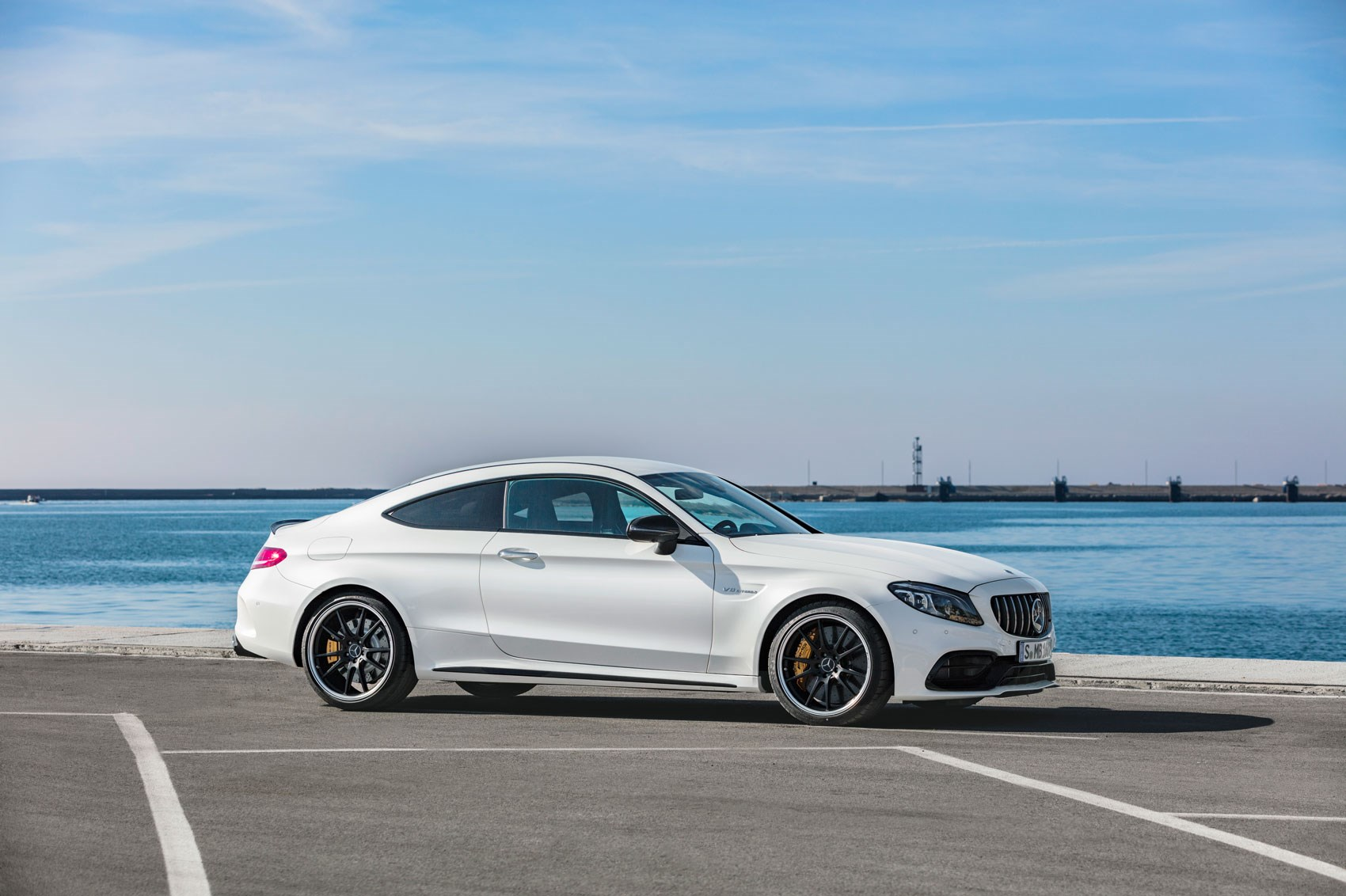 mercedes amg c63 and amg c63 s uk prices for facelift. Black Bedroom Furniture Sets. Home Design Ideas