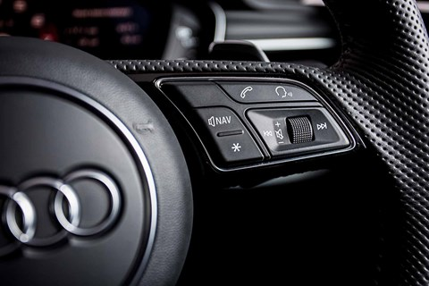 Steering wheel controls on our Audi RS5 Coupe