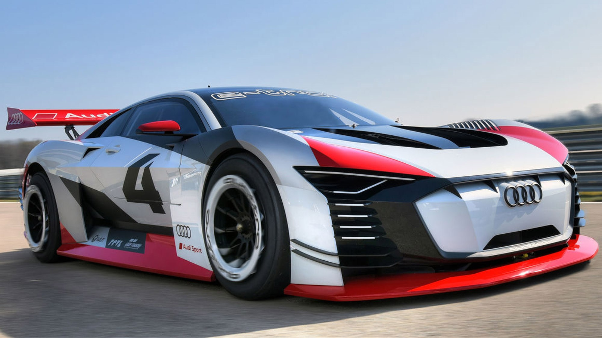 audi e tron vision gran turismo virtual concept to real life racing car car magazine. Black Bedroom Furniture Sets. Home Design Ideas