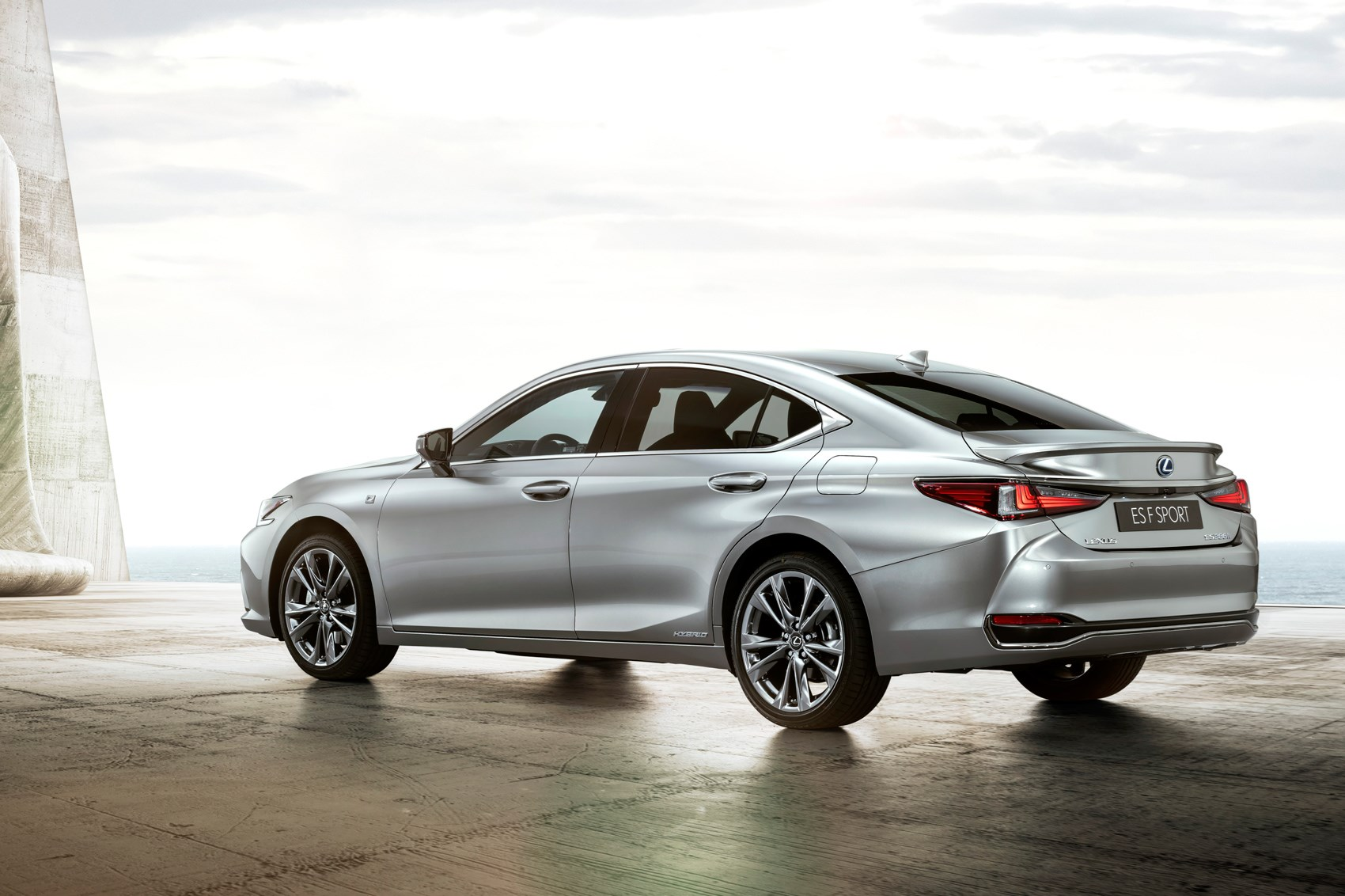 New Lexus ES Revealed: Pictures, Specs And Price