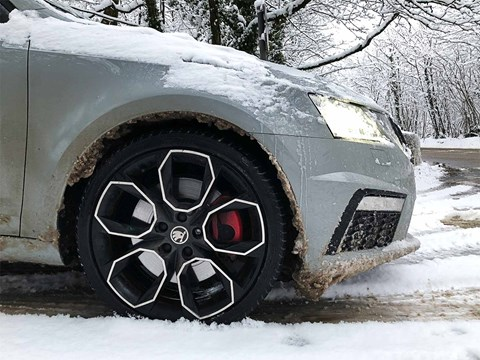 Skoda Octavia vRS: winter traction under the microscope