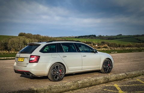 Skoda Octavia vRS 245 Estate 19-inch wheels