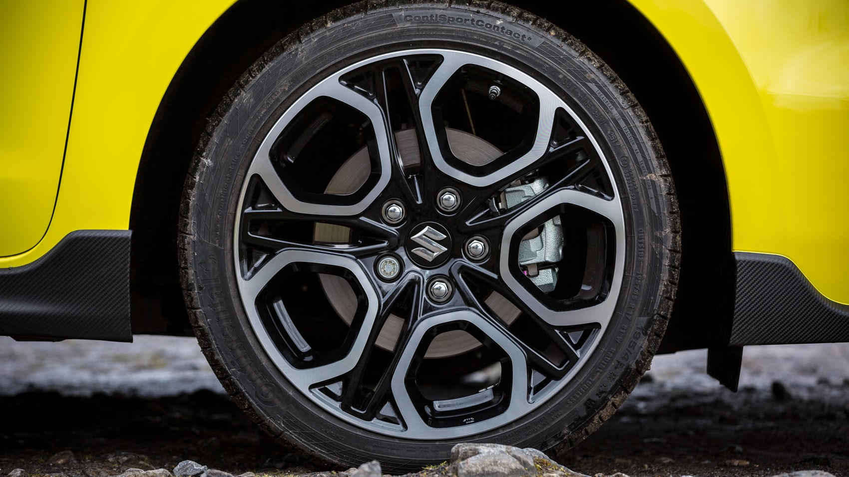 Car Leasing Deals Uk >> New Suzuki Swift Sport (2018) review: floats like a butterfly… | CAR Magazine